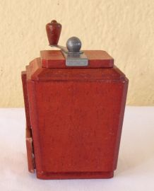 Moulin à café miniature Peugeot Frères