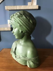 Buste en plâtre jeune fille 1930