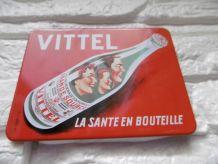 Petite plaque magnétique vintage «VITTEL»
