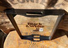 Plateau publicitaire Black and White whisky (Scotland)