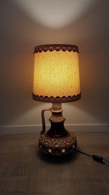 lampe-de-table-vintage-avec son abat-jour