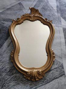 miroir baroque doré en résine