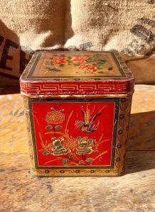 Ancienne boite à thé en tôle lithographiée