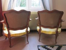 2 fauteuils bas anciens