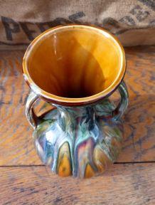 Vase à deux anses en céramique émaillée