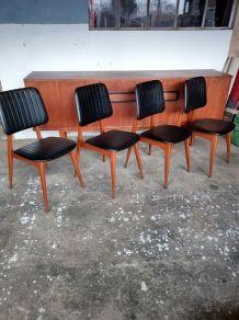 4 chaises au design scandinave