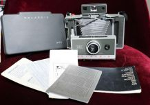 Polaroid 340 Land Camera  (1969 - 71)
