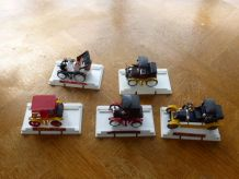 Lot de 5 petites voitures en metal de la marque Safir