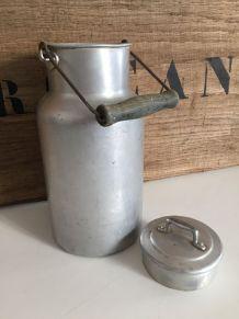 Ancien pot à lait, aluminium 2 litres