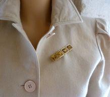 Nina Ricci vintage 70s broche