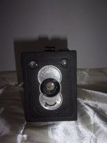 Ancien appareil photo CORD 47