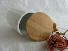 Pot confiture ou conservation porcelaine