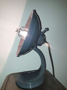 lampe vintage a partir d un ancien chauffage création unique