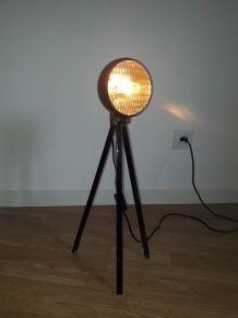 lampe vintage a partir d un phare de voiture ancienne
