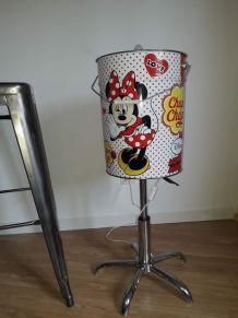 Lampe vintage a partir d'un seau chupa chups