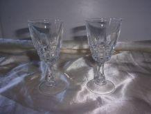2 petits verres à liqueur en cristal