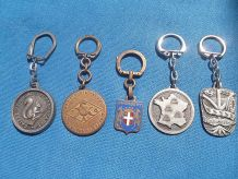 5 porte clé vintage en metal
