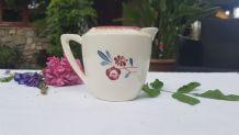 Pot à lait Faïence Digoin Sarreguemines motif Rose Fleur Por