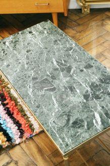 Table basse marbre vert des Alpes 1960's & laiton