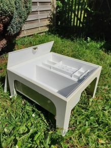 TABLE BASSE TRAVAILLEUSE