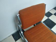 Fauteuil Orange cadre chromé