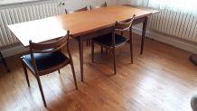 Table années 60 + 4 chaises