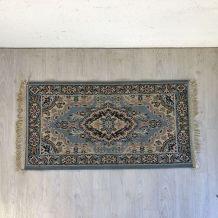 Petit tapis ancien