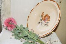 Plat creux vintage à motif de rose
