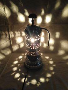 Lampe cafetiere/lampe industrielle/detournement d'objet