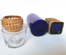 Lot Bouteilles verre bleu et osier photophore