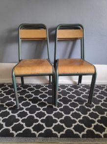 chaises d'école Stella indislocables en hêtre verni et métal