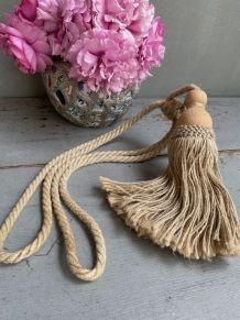 Embrase corde et bois