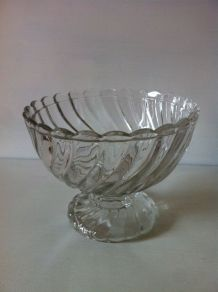 Lot de 2 coupes vintages en verre
