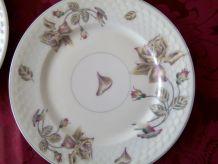 6 assiettes à dessert Porcelaine U.C LIMOGES FRANCE Daté 190