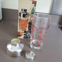 shaker à cocktail