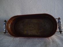 Ancienne jardinière de forme ovale en cuivre - pieds laiton