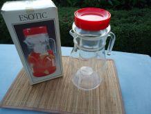 Broc de 2 litres avec réserve de glace en verre et couvercle