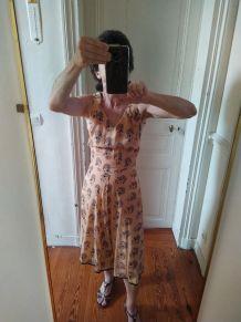 Robe vintage soie pour taille de guêpe T36