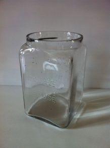 Pot  ancien en verre