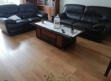 Magnifique canapé en cuir marron foncé 2 et 3 places