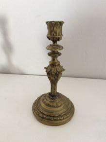 Paire de bougeoir en bronze doré ciselé Louis Philippe