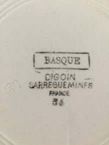 Soupière Digoin Sarreguemines - Modèle basque