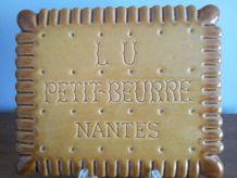 Dessous de plat en faïence Petit beurre LU Nantes