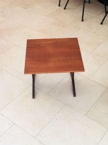 Petite table pliante en teck