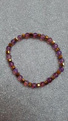 (B5) bracelet Lila ronde transparent / cube doré