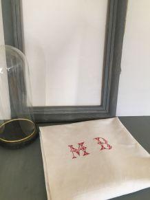 Nappe de vigneron avec monogramme MB au point de croix