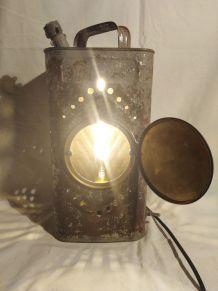 Lampe jerrican/ lampe industrielle/ detournement d'objet