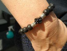 bracelet pierre de lave / breloque