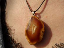 pendentif pierre Agate Druzy