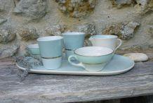 Petit set en porcelaine vert menthe et or pour  le café